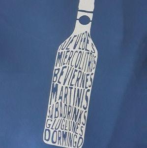 Blue Graphic T shirt V neck Size XL